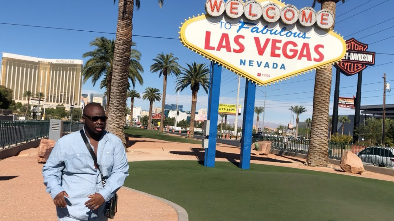 LAS VEGAS WEEKEND VLOG: Eataly, the strip, casino, luxor hotel tour|  MARK AUQUILA